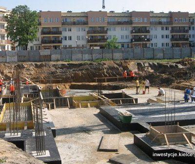 dariuszmroz_okrzei_bud_tomekrojek_04.06.2008_1